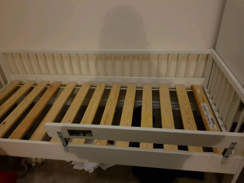 Ikea toddler bed. White good condition