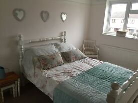 2 Double rooms for Cheltenham Gold Cup Race week! Very close to racecourse!