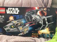 Star Wars Lego age 9-14 - Brand New