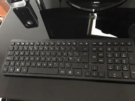 Slim line wireless keyboard & wireless hp mouse