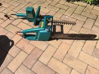 Hedge Trimmer and Chainsaw set - Black and decker