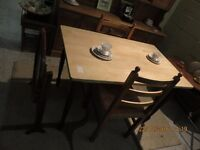 Table: French kitchen cute small (Fm Cambridge Re-Use)