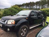 Nissan Navara 2.5 DCI Sport 4x4 Double Cab Pick-Up (2004)- low mileage / New MOT-excellent condition
