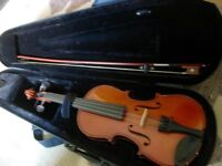 Stentor Conservatoire 1/2 violin with bow and cae- excellent condition, top violin at bargain price