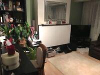 2 bedroom flat in Stonegrove, Edgware