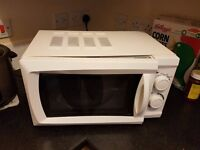Morrisons Microwave oven 17L - 15£