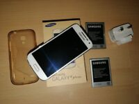Samsung Galaxy S4 mini LTE GT-I9195 - 8GB - White (Unlocked) Smartphone
