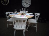 SOLID PINE FARMHOUSE PEDESTAL ROUND DINING TABLE WITH 4 SOLID PINE FARMHOUSE CHAIRS