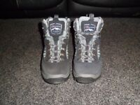 Berghaus ladies grey suede/leather hiking boots size 5