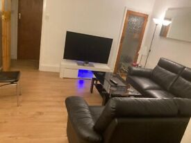 Double Room to Rent in Shared House in Bickersteth Road, Tooting London SW17.