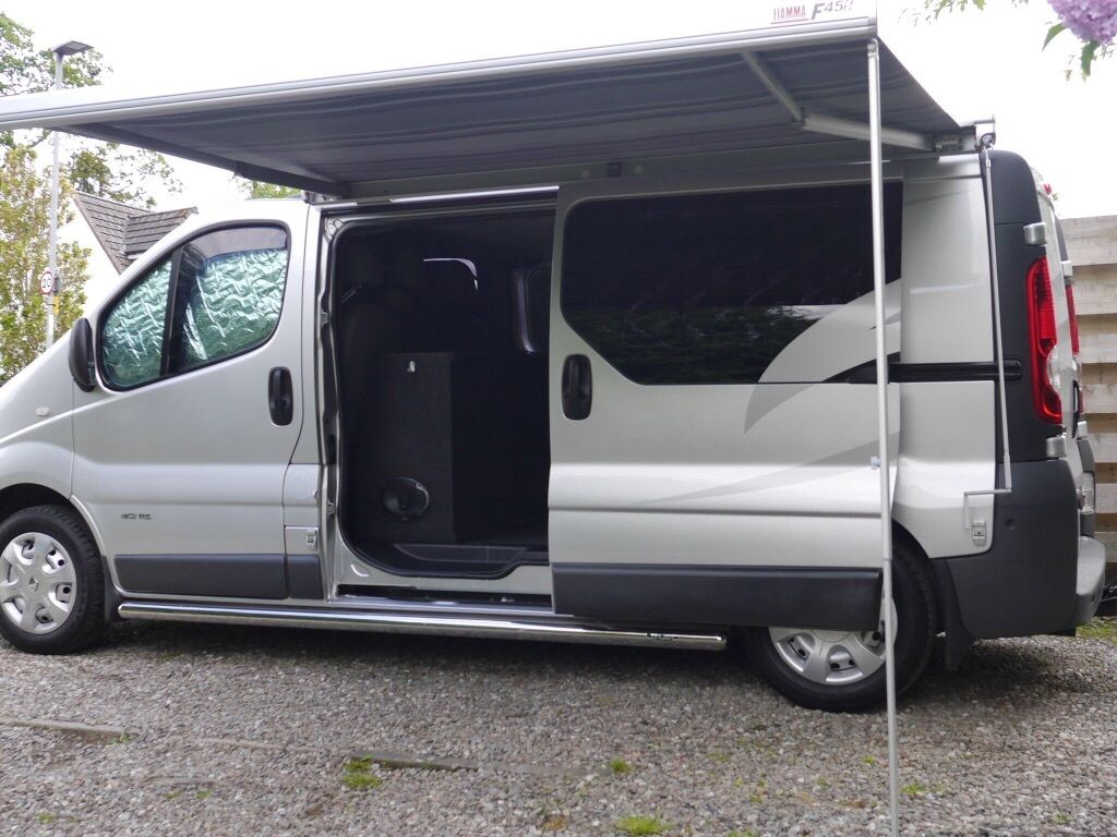 2010 renault trafic lwb day van camper in clackmannan clackmannanshire gumtree. Black Bedroom Furniture Sets. Home Design Ideas