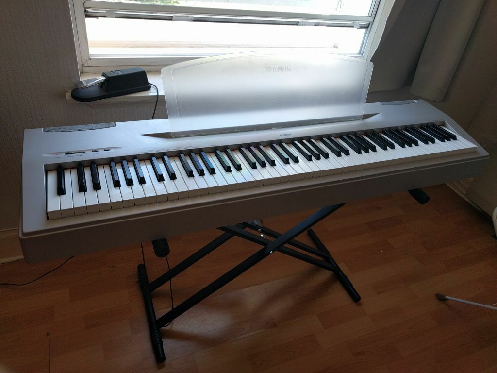 yamaha p 60 electric keyboard 88 key piano with weighted keys in old town edinburgh gumtree. Black Bedroom Furniture Sets. Home Design Ideas