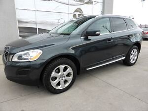 2013 Volvo XC60 3.2 AWD LEATHER PANORAMIC ROOF