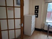 2 Double rooms with storage to rent