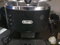 De longi espresso coffee machine,Watford area,good condition and makes nice coffee.