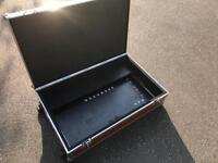 Large Pedal board and case