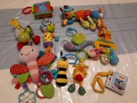 Bundle of hanging toys
