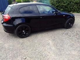 BMW 1 series 2009 - Hatchback - Black Sport Edition