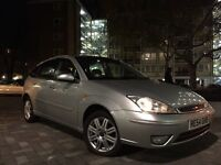 AMAZING BARGAIN FORD FOCUS 1.6 GHIA TOP SPEC 1 YEAR MOT LOADS OF FEATURES