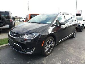 2017 Chrysler Pacifica Limited**DEMO**ONLY 1714 KMS**