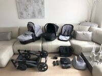 Silver Cross Pioneer Pram/Carrycot/Simplicity car seat/Extras