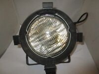 SHOWTEC STAGE SPOT LIGHT IN GOOD CONDITION