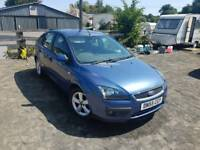 Ford focus Zetec 1.6L 5DR long mot full service history excellent condition