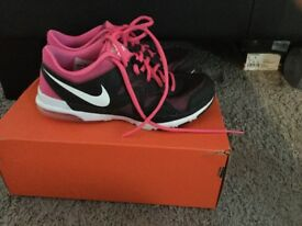 Ladies Nike Trainer