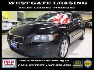 2007 Volvo V50 | LEATHER | SUNROOF |