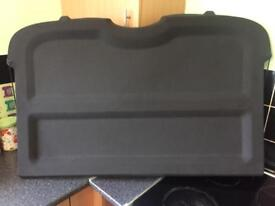 VAUXHALL VECTRA C PARCEL SHELF - GOOD CONDITION. THIS WILL FIT ALL HATCHBACK MODE2002 - 2009.