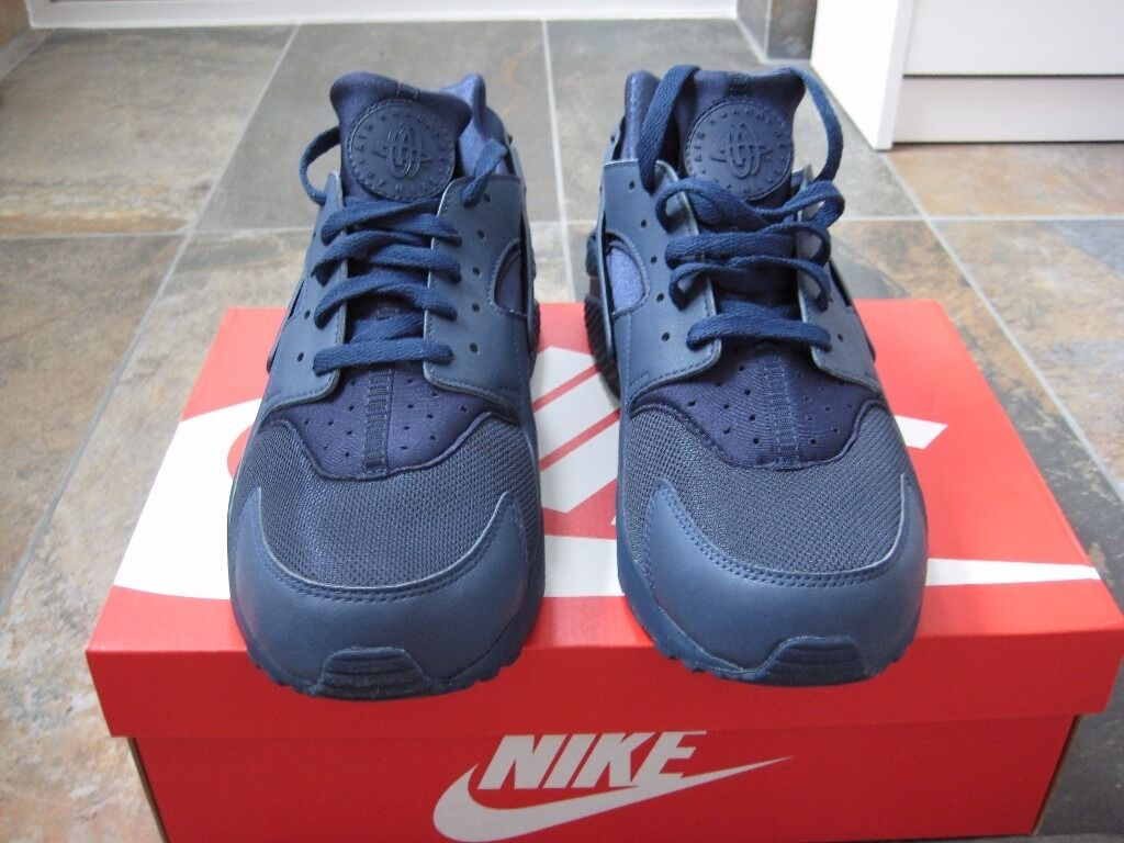 c8c3343487d6 BNIB - Mens Nike Air Huarache Trainers - Triple Navy Blue - Size 11 (from  Nike)