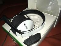 Xbox one headphones with adapter