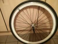 700c front wheel
