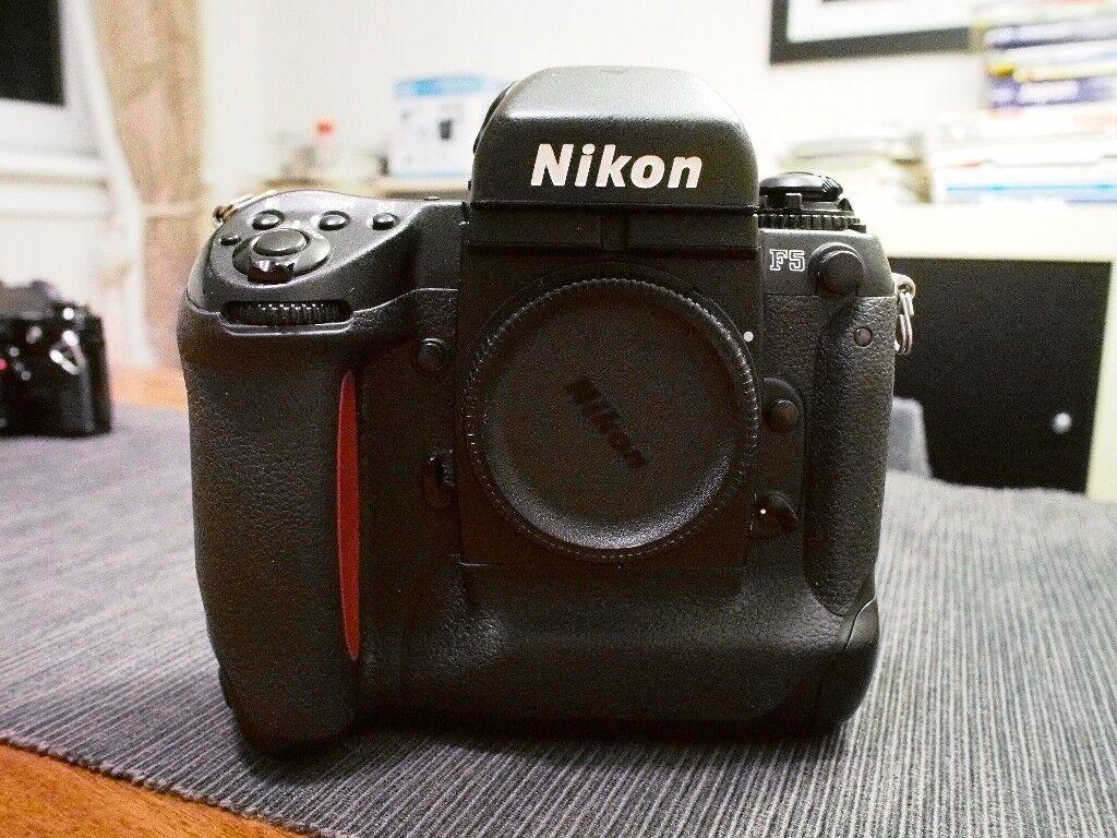 Classic Nikon F5 35mm SLR film camera (body