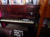 Upright 'Lyon London' piano