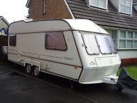Caravan duble axel Nightstar 6 beds