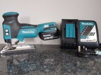 NO OFFERS..MAKITA DJV181 18V Cordless Li-Ion BRUSHLESS JIGSAW & 4ah battery + rapid charger,as new