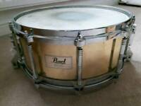 Pearl Brass Free Floating snare 14 x 6.5 inches