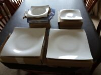 Dinner service. 8 dinner plates side plates and dishes
