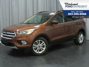 2017 Ford Escape SE 4WD*Sky Roof/Heated Seats/Touch Screen*