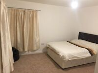 Double Room for Mon-Fri Let in new 3 bedroom house with Live in Landlord