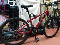 MOUNTAIN BIKE -APOLLO FEUD - TWIST GRIP 18 GEARS - FRONT WHEEL SHOCK ABSORBERS - EXCELLENT CONDITION