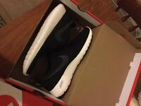Nike trainers brand new size 8