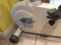 Tunturi F260 exercise cycle in excellent condition