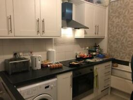 Double bedroom for Polish people near Wembley Central