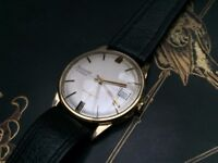 Vintage mens 9k 9ct solid gold Accurist watch with date window REDUCED