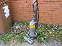 DYSON DC40 BALL VACUUM CLEANER WORKING ORDER
