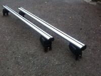 Atera Aluminium roof bars with SIGNO ASF Fixpoint for Renault Scenic (2003-2009)