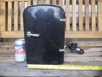 Mini Travel Camper Caravan FRIDGE Cooler box Coolerbox Mains and 12V powered 4L takes 6 cans