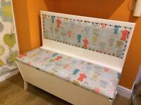 Retro kitchen storage bench